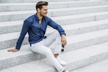 ミリタリーシャツ メンズコーデ 着こなしのポイントとおすすめブランド